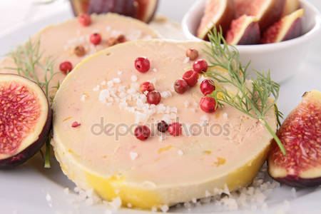 Foie gras with figs