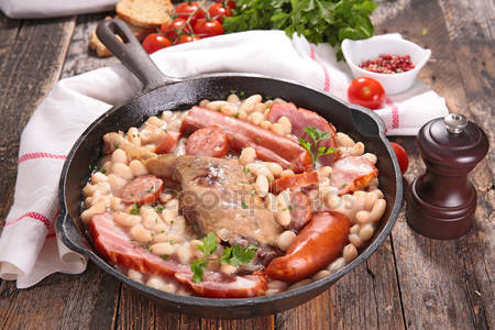 Traditional french meal cassoulet